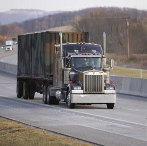 Flatbed_Semi_Truck_388691