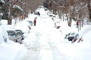 blzzard blankets Northeast with snow