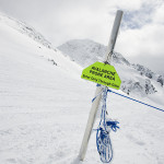 avalanche warning sign
