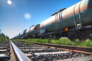 Oil and fuel transportation tank cars