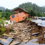 The small mountain town of 300 has been cut off because of Boulder County flood. FEMA Urban Search & Rescue (US&R) teams deployed to the state to help in Search and Rescue operations. Steve Zumwalt/FEMA