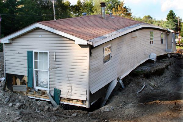 New Mobile Home Being Built In Vermont Post Irene