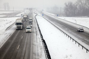 highway traffic during snowfall