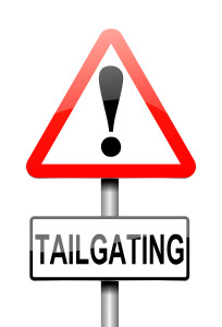 no tailgating warning