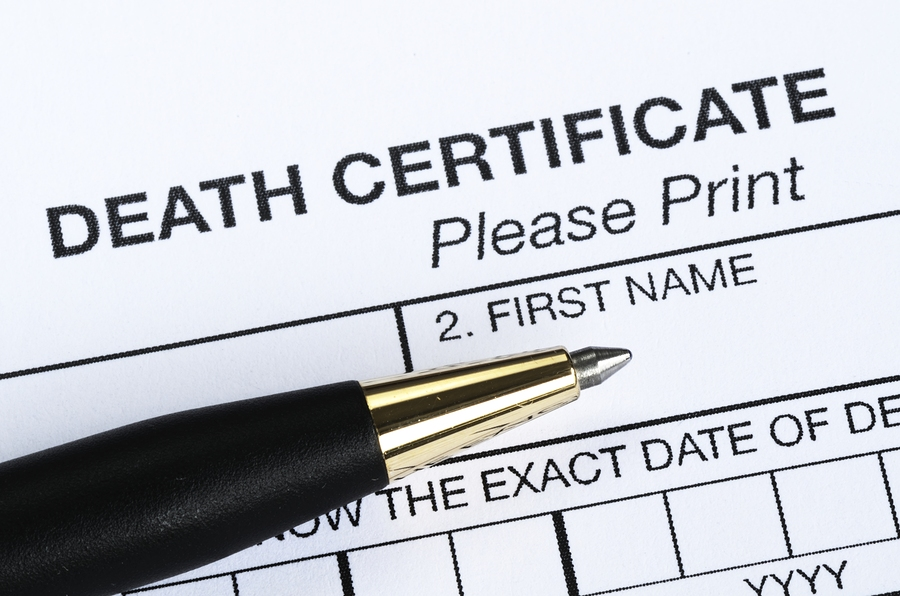 how to become a medical claims examiner