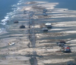 Post-Katrina oblique aerial photograph of Dauphin Island. Credit: USGS/NASA