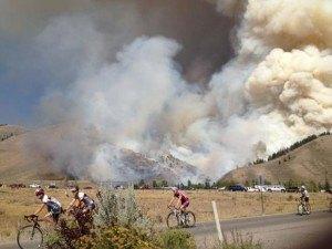 Horsethief Fire. Photo credit: David Cernicek and InciWeb.org