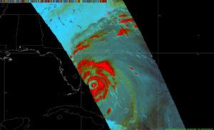 A double eye-wall structure captured of Hurricane #Matthew at 3 p.m. EDT (1900 UTC ) on Oct. 6 by the GMI of the Global Precipitation Measurement mission core satellite. Credits: NASA MSFC/SPoRT